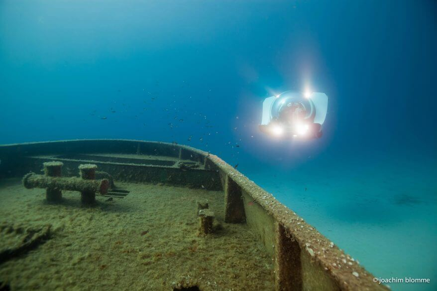 Super Yacht Sub 3 wreck diving